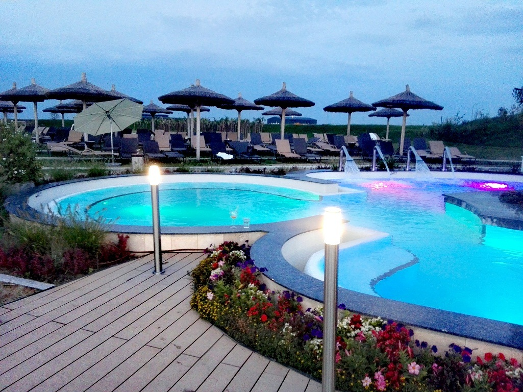Therme-Bucuresti-obiective-turistice-Romania-spa-1